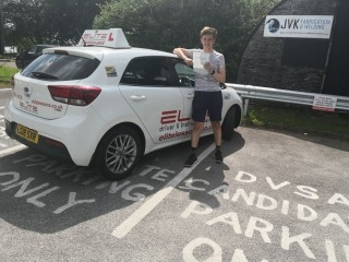 Well done to Jenny's pupil Lewis for a lovely #drive and #pass at #Redhill Test Centre! #eliteinstructors