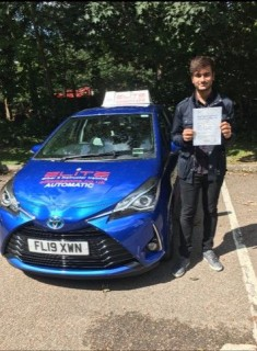 Gigantic congrats to Szymon's pupil Sonni for an amazingly brilliant #firsttimepass with just #2minors at #Redhill Test Centre #eliteinstructors #drivinglessons #independence