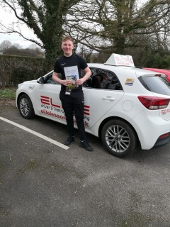 Congratulations to Jenny's pupil Harry for a lovely #drivingtest pass with only 3 minors and brilliant #driving at #Redhill! #eliteinstructors