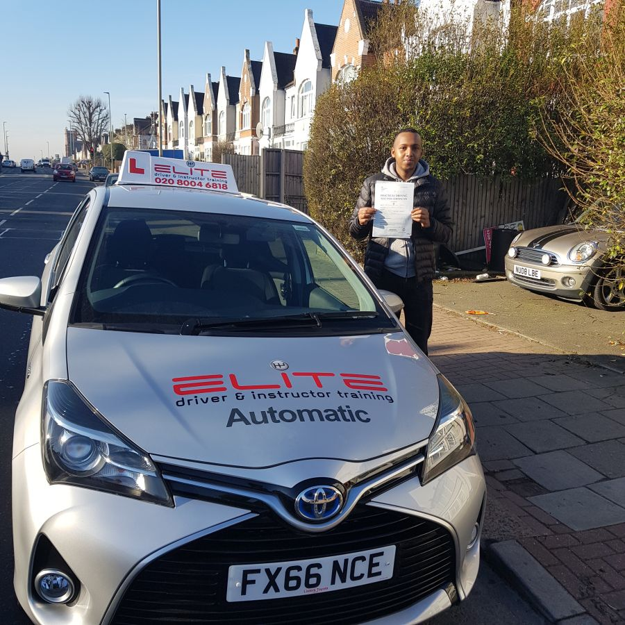 A lovely #drivingtest pass for Mohsin's pupil Abdi at #CroydonTestCentre this week with just 6 minor faults #Croydondriving #ELITE