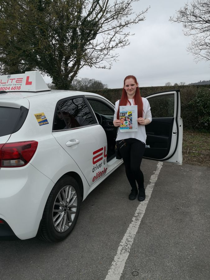 A huge well done to Jenny's pupil Sophie for a wonderful pass at #Redhill Test Centre #Redhilldriving #ELITE