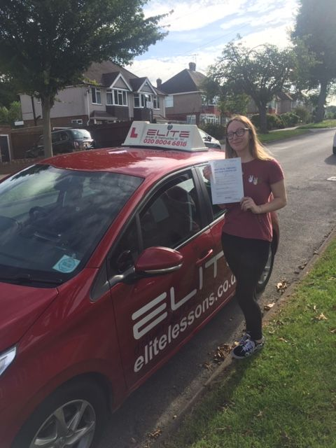 Massive well done to Sue's pupil Jodie, who had a first time pass at #WestWickham, with only 3 minor faults! #eliteinstructors #croydondriving #drivinglessons
