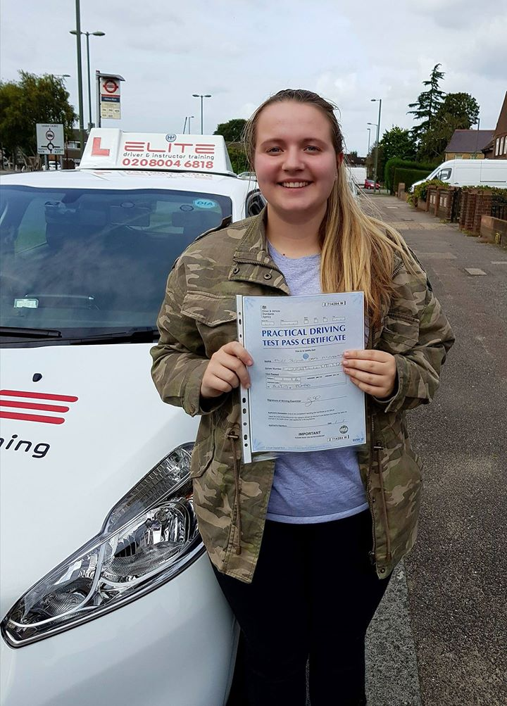 Jessica passed after lessons with Kim in Weybridge