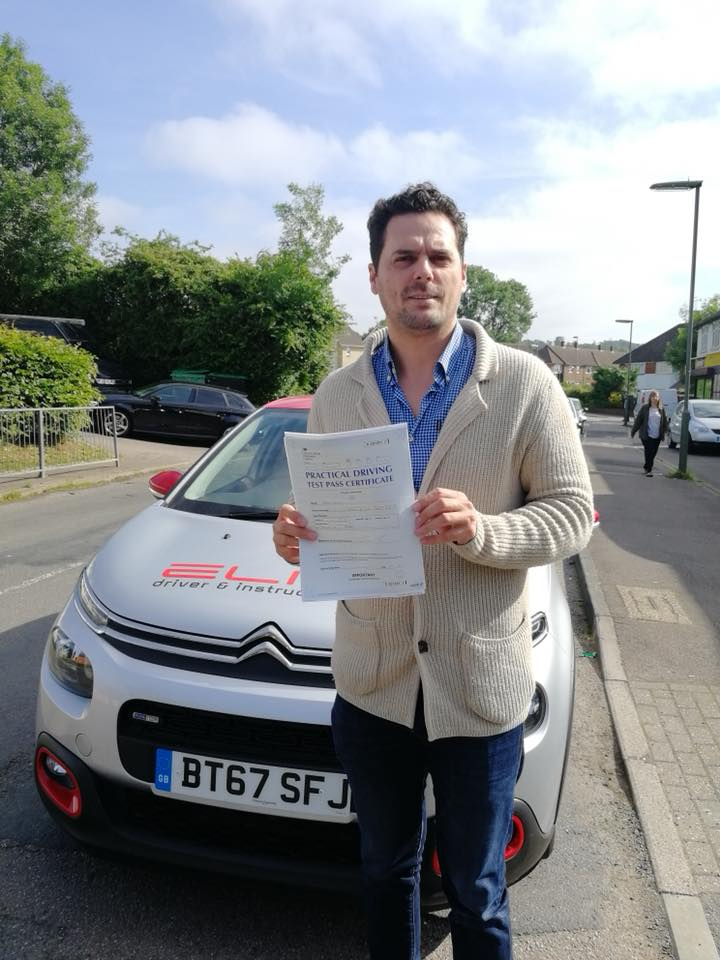 Arberi passed his test at Reigate after driving lessons with Elite instructor Pierluigi