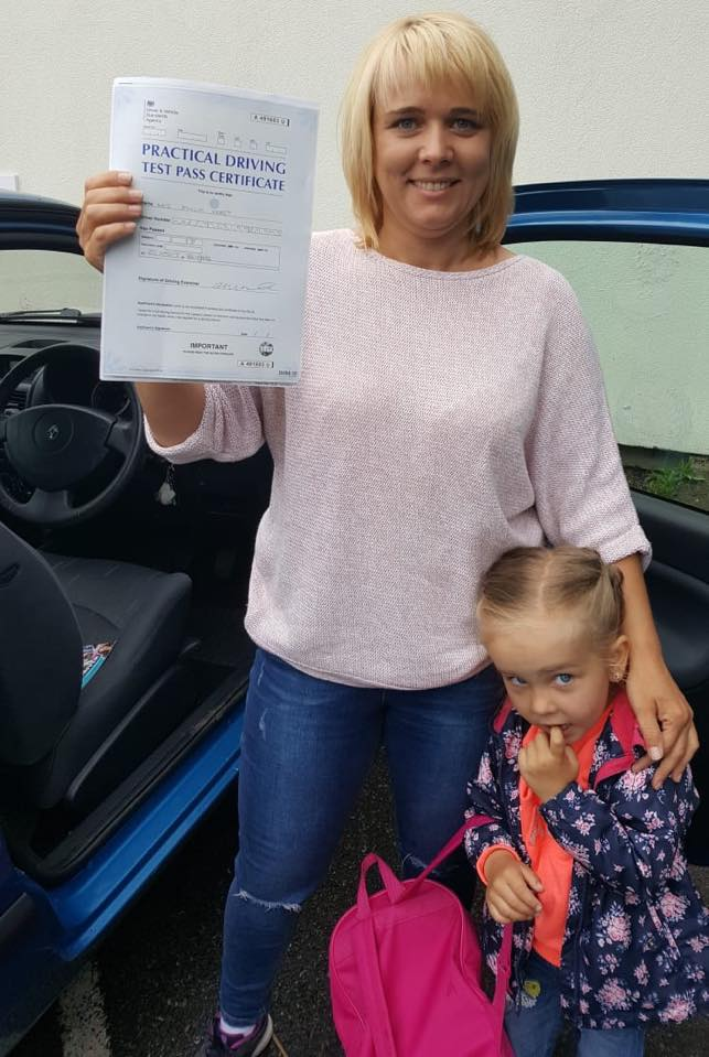 Emilia passed her test at Reigate test centre after taking driving lessons with Elite instructor Pierluigi