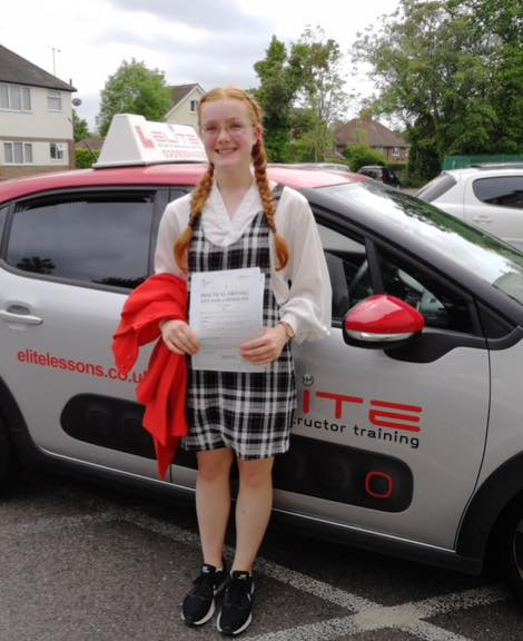 Jessica passed at Riegate after taking driving lessons with Pierluigi